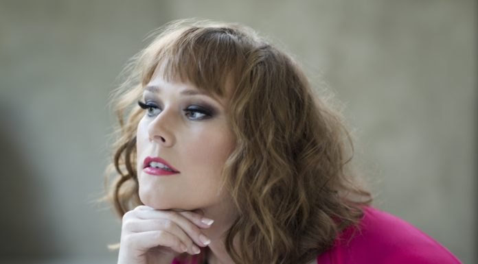 """Soprano Jessica Pratt joins the LA Philharmonic for excerpts from Mozart's """"The Magic Flute"""""""